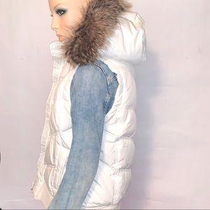 GAP • Hodded Puffer Down Vest Faux Fur